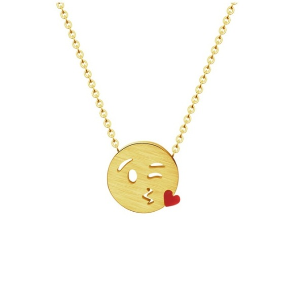 collar emoticono corazon